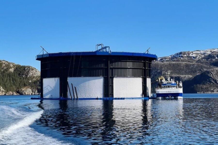 Aquatraz G3 med 18 meter luseskjørt.